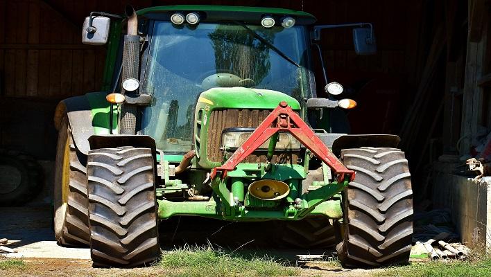 Tractor / Curso de gestión rural