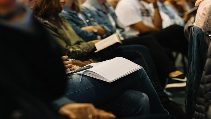 Beca UNAM Educación virtual de calidad